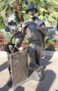 Walt_Disney_Mickey_Mouse2