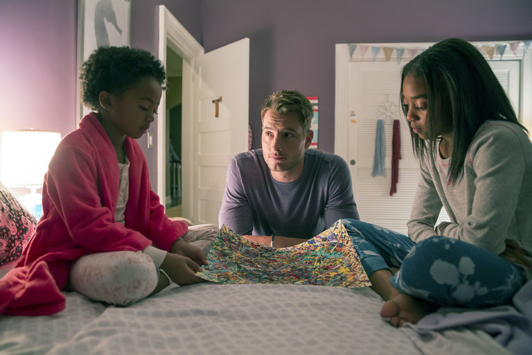 "THIS IS US -- ""The Game Plan"" Episode 105 -- Pictured: (l-r) Faithe Herman as Tess, Justin Hartley as Kevin, Eris Baker as Olivia -- (Photo by: Ron Batzdorff/NBC)"